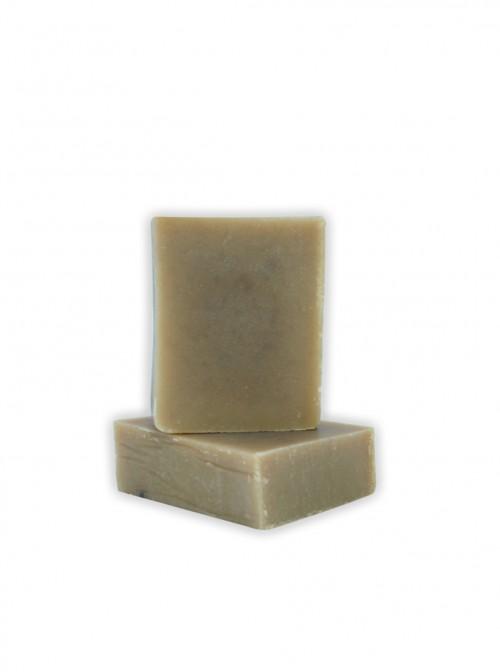 Натурален сапун с масла и кайсиеви костилки